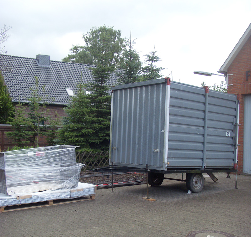Bauwagen und Material